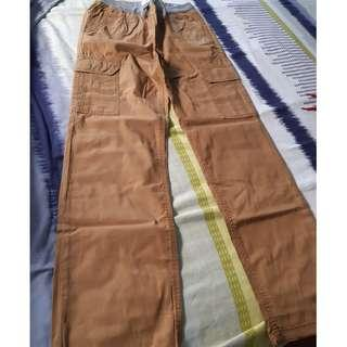 Old Navy Cargo pants - XL