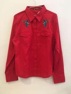 紅色刺繡襯衫