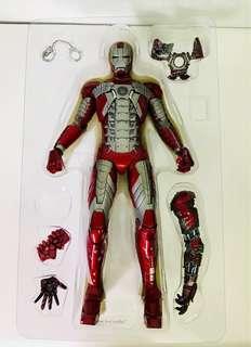 Hot Toys: Iron Man 2 Mark V (Limited Edition)