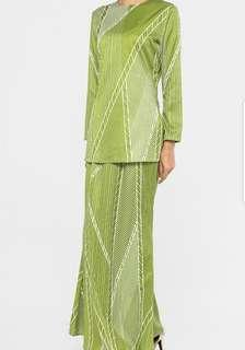 Emel Nancy Stripes Kurung in Green