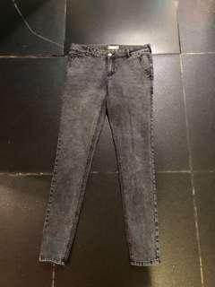 Terranova skinny jeans size 44