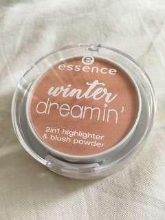 NEW Essence Winter Dreamin Highlighter and Blush