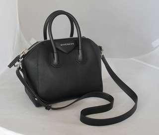 🚚 Givenchy Mini Antigona