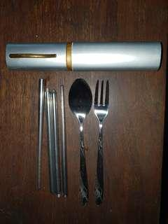 Compact Dining Cutlery, Perfect for Travel Use and Picnics