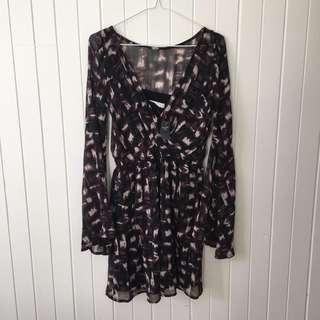 Abercrombie & Fitch Long Bell Sleeve Dress in Size Small