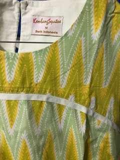 Kembang Sepatoe - Yellow Batik, M