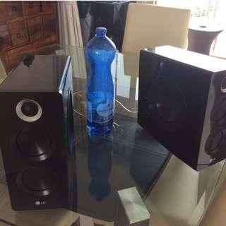Speakers LG perfect for TV or music