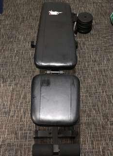 Bench press with two dumbbells