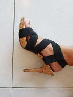 Heatwave Black heels