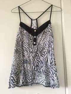 Pattern top