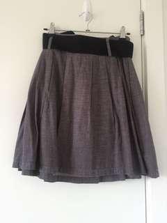 Barking business skirt