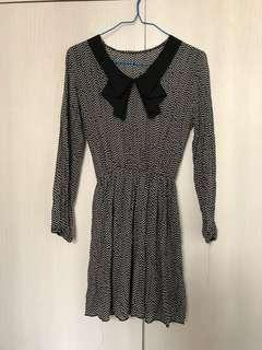 size S 波點連身裙 dotted dress