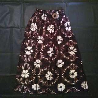 Rok Batik Lebar