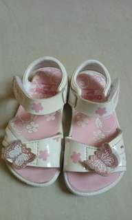 oshkosh sandal