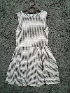 Gingham Patterned / Checkered Dress #SINGLE11