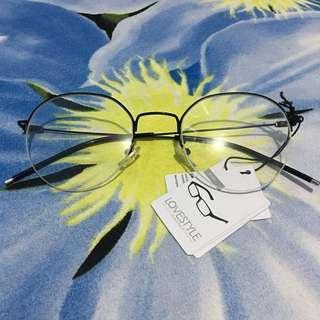 Kacamata LOVE POLY LOVESTYLE