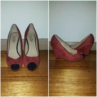 Wedges size 6