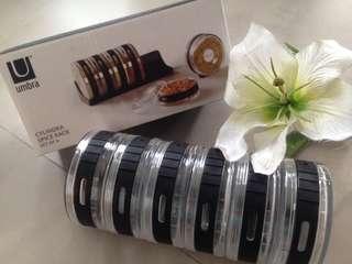 Umbra Cylindrical 6pcs Spice Rack