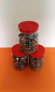 🇯🇵Decoration Daiso Marble ball for fish tank / vase  (1 tub of 300 marbles)🔴all 3 tubs for $20🔴弹珠球