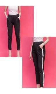7/8 black pants with stripe