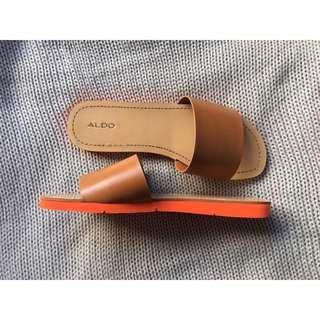 Aldo 2-Tone Slides 🍊