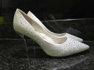 351033ed4b7 Pazzion Silver Glitter Heels