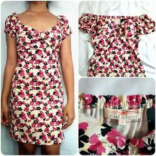 Cache Cache Floral Dress (can be worn as an Off-shoulder Dress)