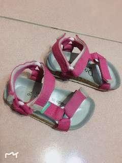 🚚 女童粉色涼鞋