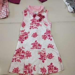 A-line dress with Chinese button