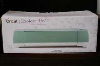 Cricut Explore Air 2™ (like brand new)