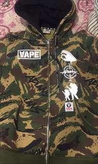 Aape外套 幫朋友代售