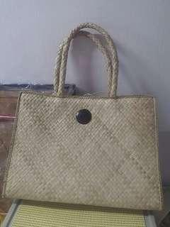 Handmade handbag (natural cane weaving)