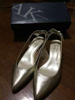 Anne Klein Pointed Shoes