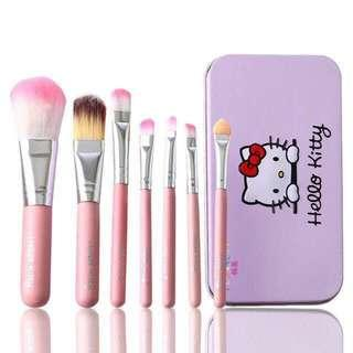 Hello Kitty Brush Tin 7Pcs
