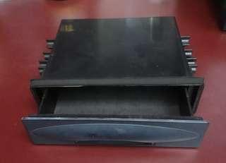 🚚 1 DIN 音響置物盒