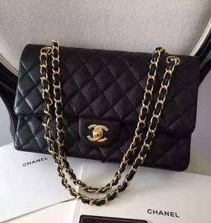Chanel Caviar Medium Flap GHW