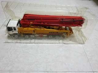 Fast deal 100sgd 1:48 Sany concrete pump truck