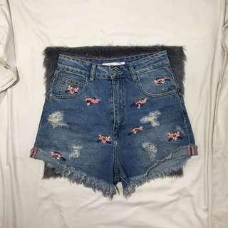 Zara Trafaluc Highwaist Shorts