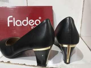 Pantofel fladeo black gold