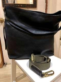 Fossil Maya Hobo in Black Leather