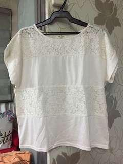 Rope Picnic White Top with lace design