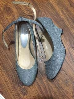 Huxley silver glittery shoe