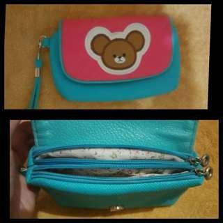 Mini bear holder/pouch