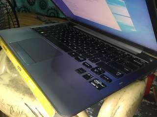 Samsung series5 ultrabook slim laptop