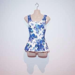 FOREVER NEW - Size 8 - Floral Peplum Top