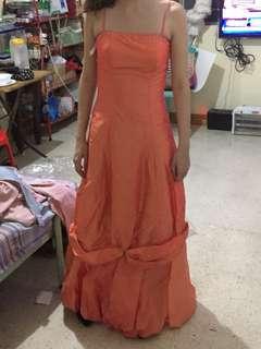 Peach ball gown small