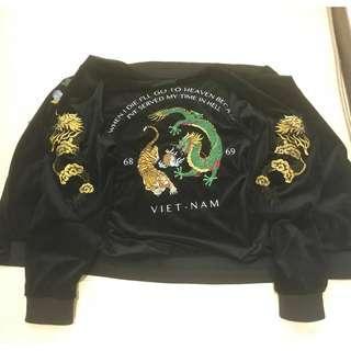 龍虎 刺繡 橫須賀外套 1969年 越戰 XL號 (本人M號可穿)