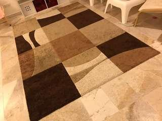 Preloved carpet modern design
