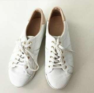 Pull&Bear White Leather