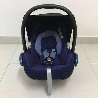 Preloved Maxi Cosi Cabriofix Carseat / Carrier